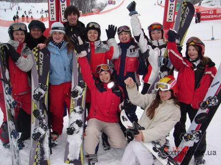 Команда тернопільських сноубордистів на FIS старті в Києві 2006