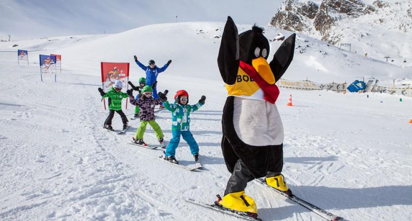 Як навчити дітей розслабитись під час навчання спуску на лижах?