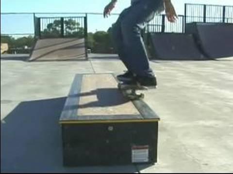 Трюк 50 – 50 Grind на скейтборді